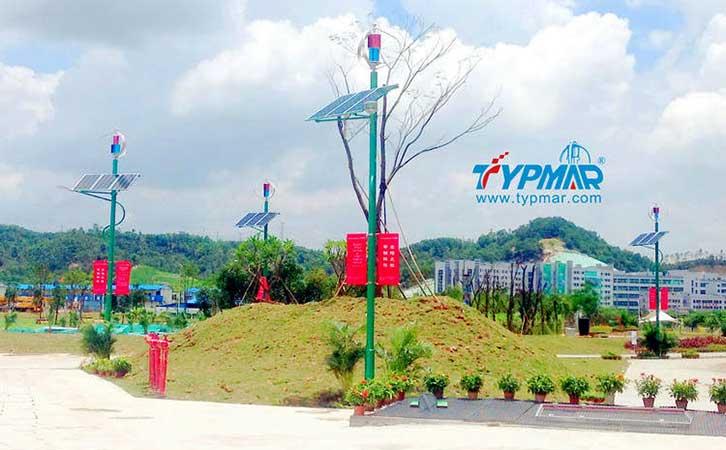深圳市龙岗区低碳城风光互补路灯系统