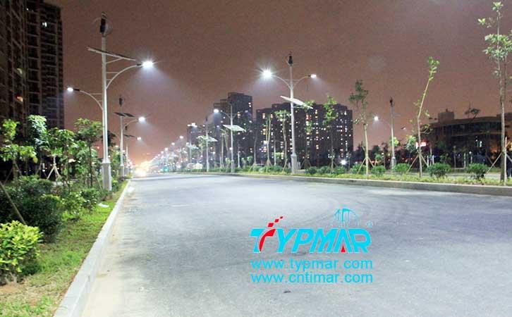深圳新安西路风光互补路灯工程 夜景