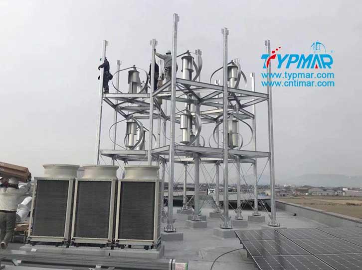 日本屋顶磁悬浮风力发电机组安装中